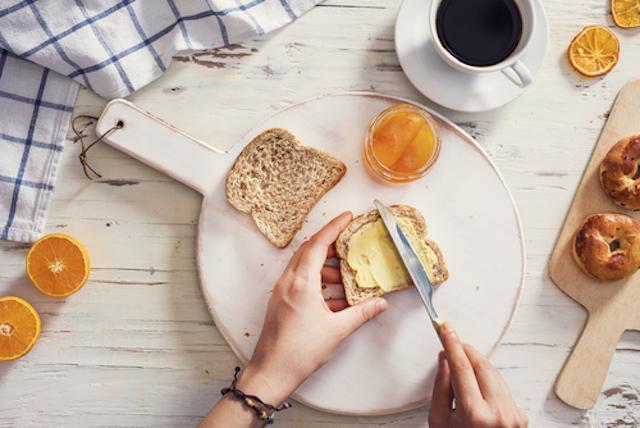 自家製酵母のパンで心豊かな食事の時間